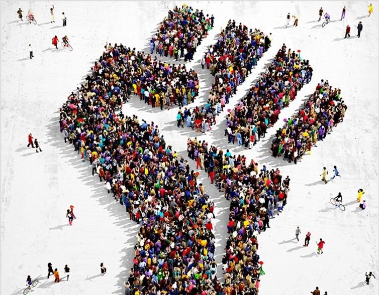 СЕРГЕЙ ДАЦЮК: «БЕЗ ЛЮСТРАЦИИ ПРАВЯЩЕГО КЛАССА ДАЛЬНЕЙШЕЕ ДВИЖЕНИЕ СТРАНЫ НЕВОЗМОЖНО»
